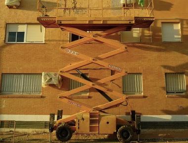 alquiler plataformas de elevación tipo tijera cali